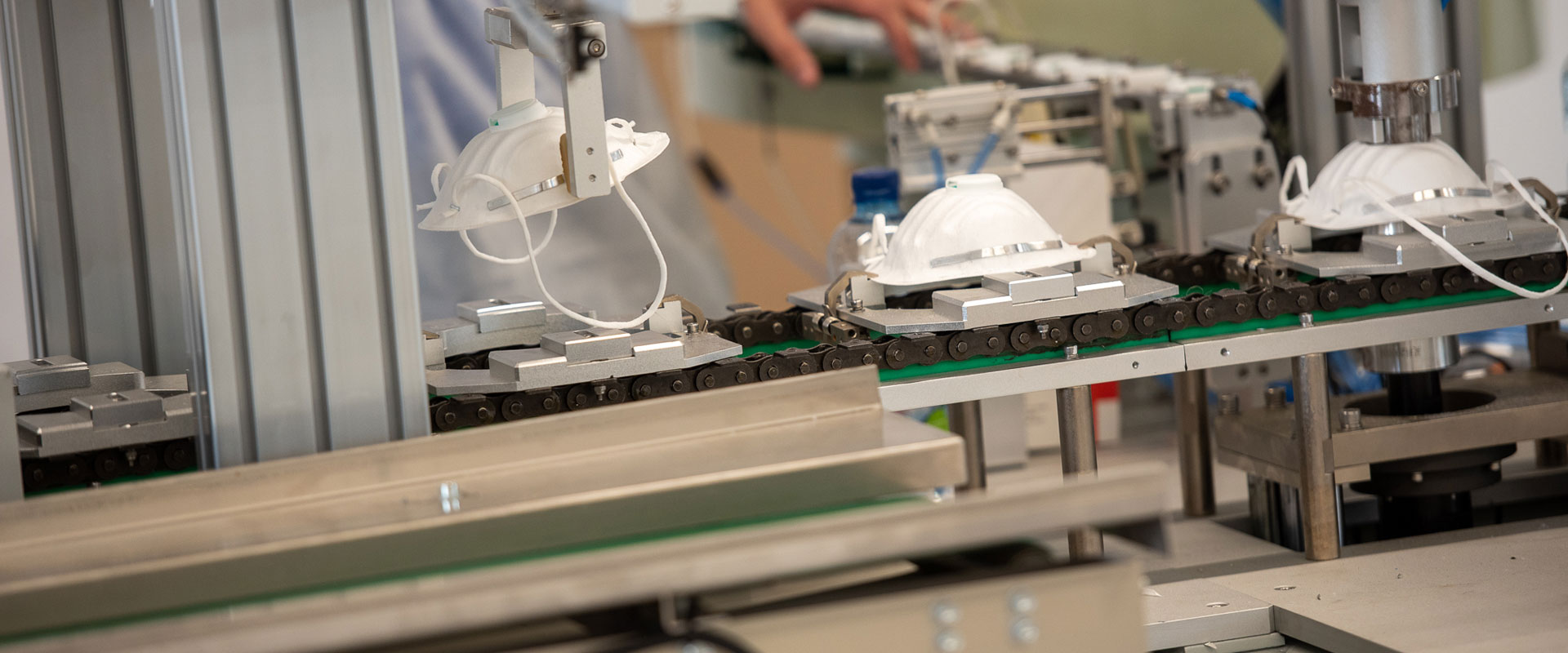 The first medical textiles factory with 100% Romanian capital